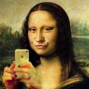 Monalisa selfie