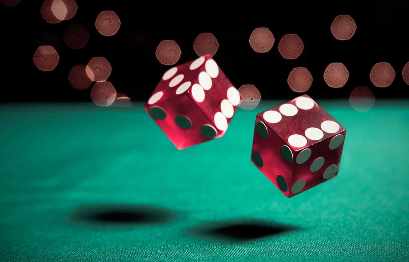 What types of online gambling are there