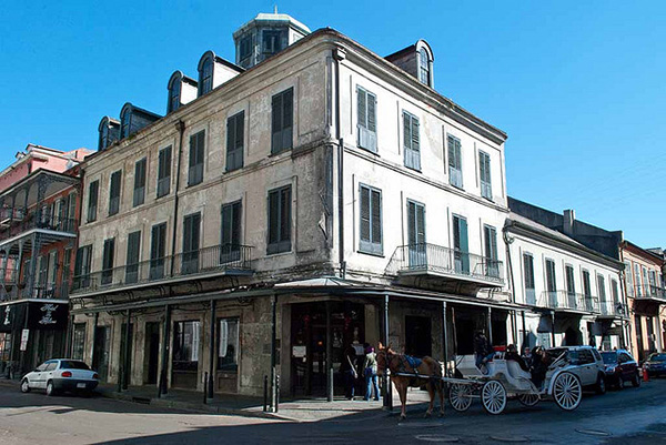 Napoleon-House-New-Orleans-Oldest-Bars-in-the-US