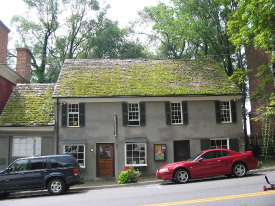 the-tavern-restaurant-oldest-brewery-in-the-us